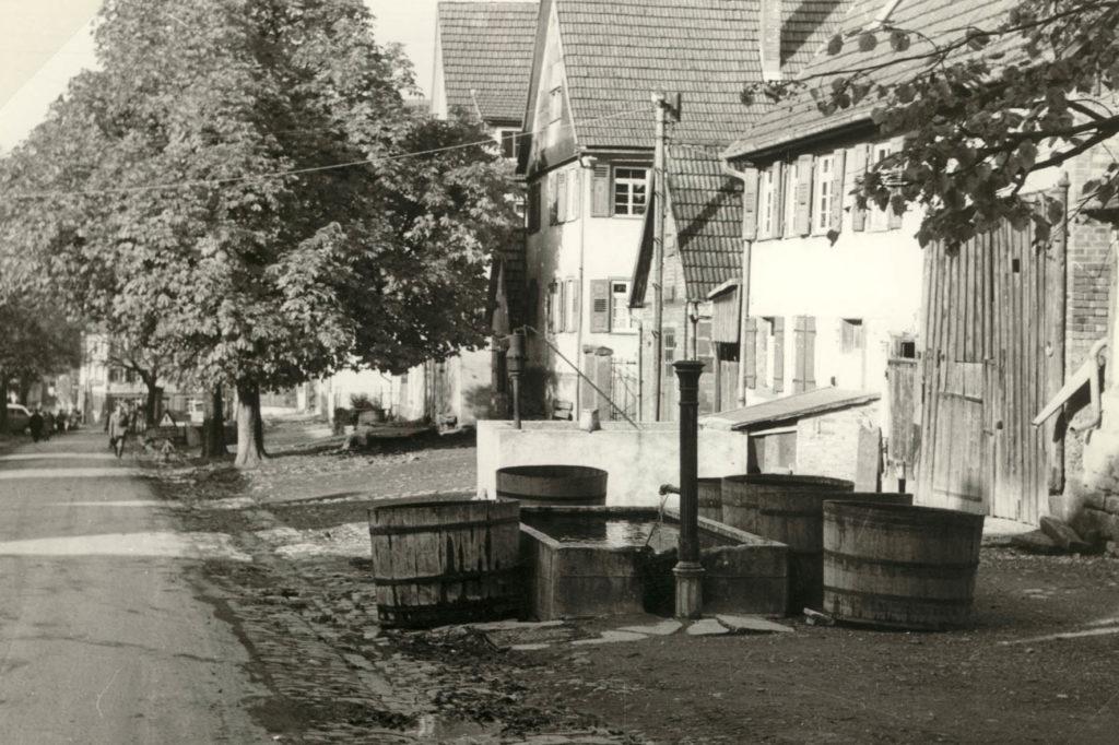Hauptstraße 55 – Brunnen Gottlieb Grob